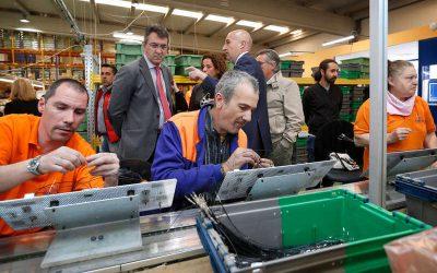 Soltra y Diputación colaboran en la integración de personas con discapacidad