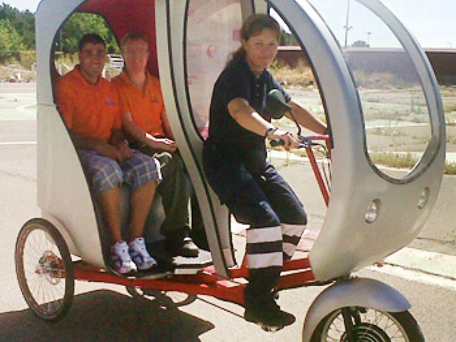 El Ayuntamiento de León autoriza a SOLTRA la utilización de cinco triciclos eléctricos