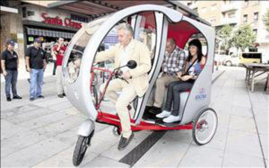 El triciclo eléctrico de SOLTRA como alternativa al coche en León